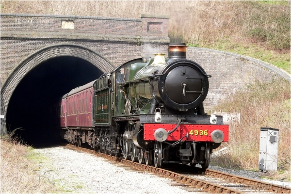 Hall class 4-6-0 no. 4936 emerges from Greet Tunnel